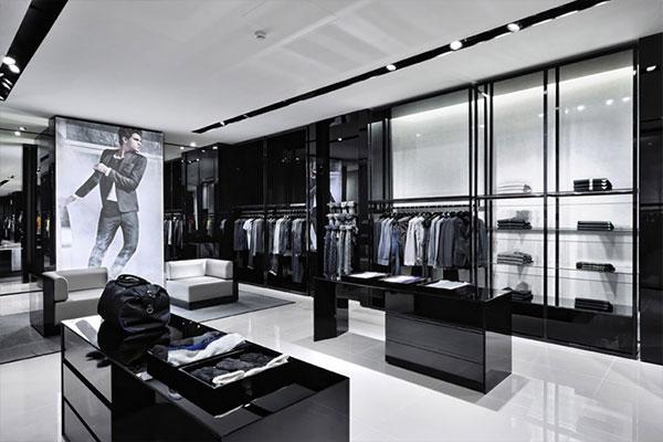 Majestic Retail